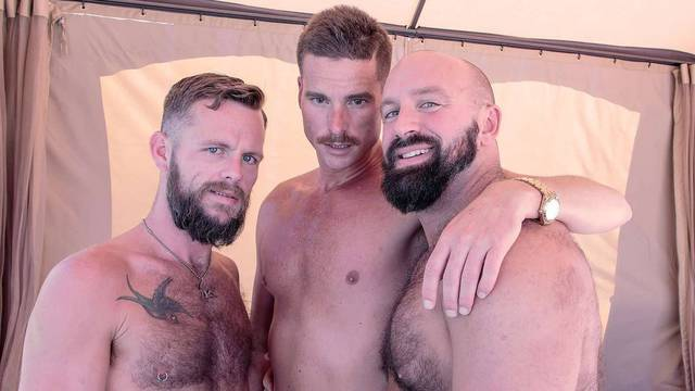 Hairy horny bareback gay threesome