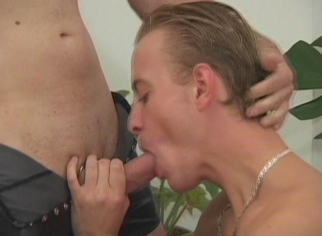 Shots Video B.V Presents Fisting Gays 2